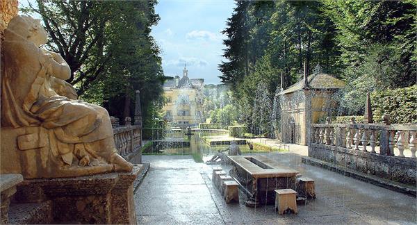 Castello Hellbrunn con i giochi d`acqua